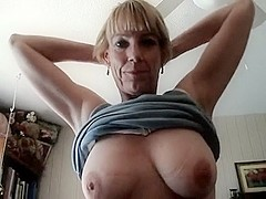 Sexy mature i'd like to fuck shows all