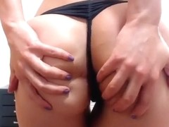 sweetmature4ux intimate movie scene on 07/07/15 05:53 from chaturbate