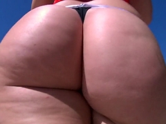 Alexis Texas brings her big ass for a fuck