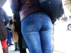 ASS WAITING FOR THE 108 BUS!!!