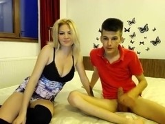 sexiestcouplee amateur video on 06/14/2015 from chaturbate