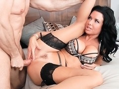 Veronica Avluv & John Strong in LeWood Gangbang: Battle Of The MILFs Movie
