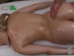 Horny Alexis loves to suck big cock after massage