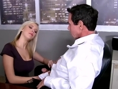 Sex with the boss (Bibi Jones)