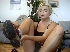 Sporty mother i'd like to fuck girlfriend gives me sock job on the floor