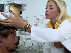 Teen nurse Evita Pozzi swallow a cock in the laboratory